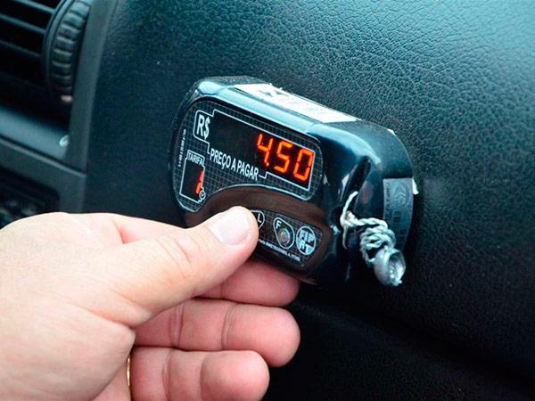 Taxistas já podem consultar no site do Ipem-SP as datas de plantões de taxímetros