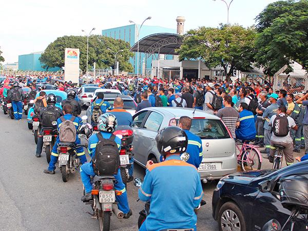 O Sindicato dos Metalúrgicos de Pinda colheu 1.950 assinaturas contra a Reforma