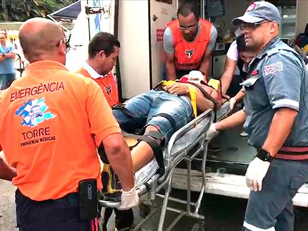 O torcedor foi atendido no estádio, mas chegou ao hospital sem vida