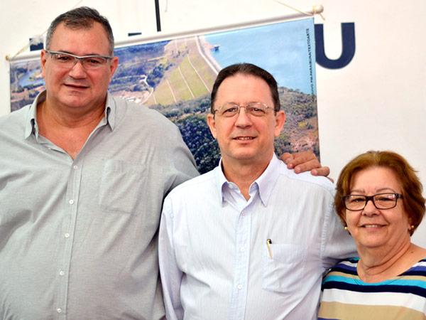 Da esquerda para a direita, Fabricio Cesar Gomes, Luiz Roberto Barretti e Ana Maria de Gouvea