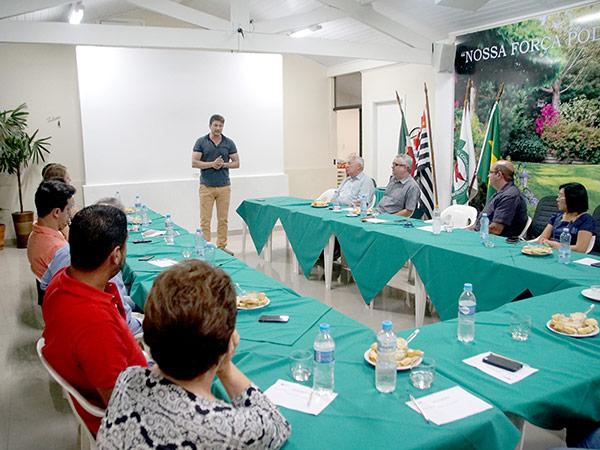 O prefeito falou sobre projetos da administração municipal para revitalizar o centro da cidade