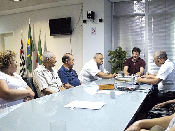 Prefeito alinha mudanças com os membros do Conselho Municipal de Saúde