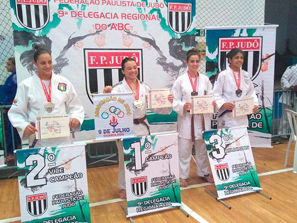 Bianca Ferreira ficou com a medalha de bronze no Sub 18 de sua categoria