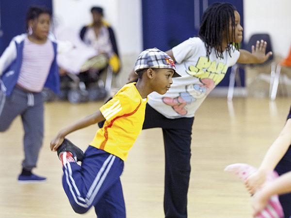 Crianças podem se inscrever para aulas de dança de rua