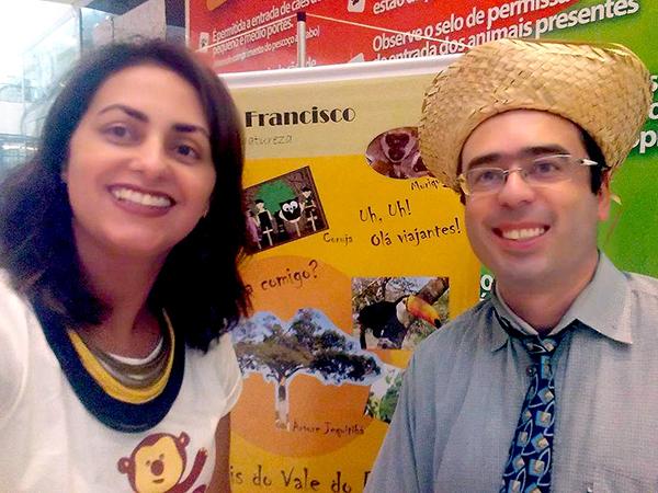 O escritor Marcelo Fernandes e Cleide Machado Bleck, da Tekoha