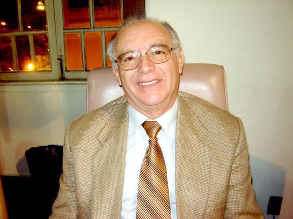 Luiz Carlos Loberto 'Cacaio' honrou a cadeira nº 3 de membros titulares, que tinha como titular o Dr. Antonio Dino da Costa Bueno
