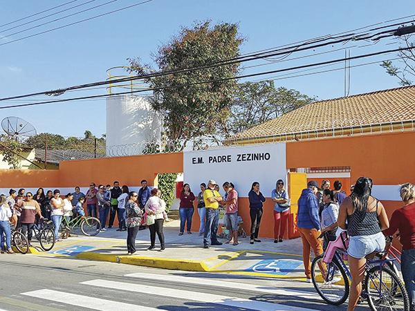 A escola tem cerca de 1.280 m² de área construída