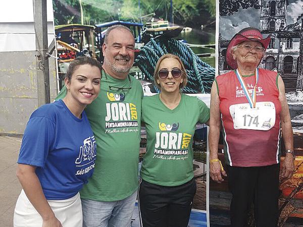 Dona Francisca representou Pinda no atletismo pela primeira vez e disputou os 600 metros rasos