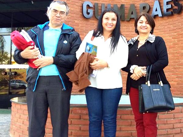 Presidente do CME de Pinda, professora Maura Prado Vieira (centro), professora Ida Hebe da Costa Simplício e professor Benedito Lobo (membros)