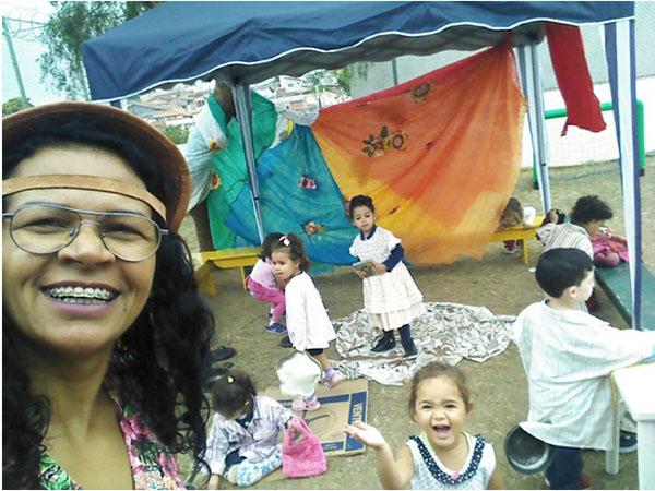 Os alunos descobrem através dos ritmos musicais a diversidade cultural do Brasil