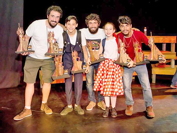 Premiados no  20º Festival de Teatro Estudantil realizado de 2 a 15 de outubro no Teatro Galpão