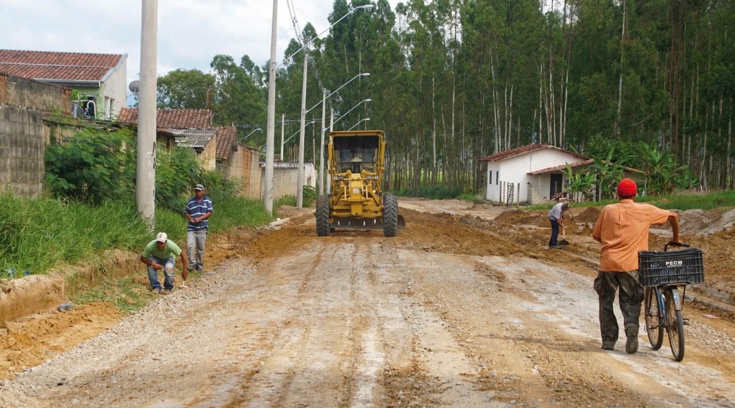 Pavimentação vai melhorar acesso ao empreendimento e beneficiará também os moradores do entorno