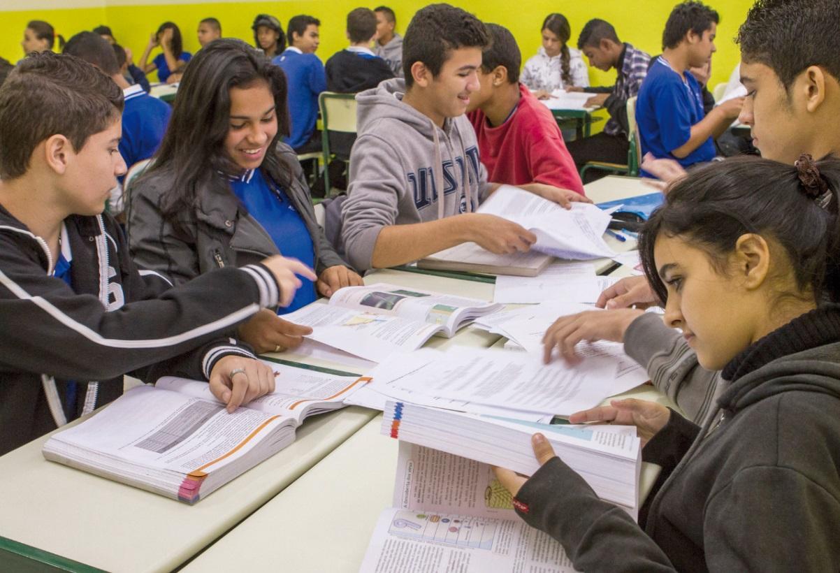 Foco do programa é o mercado de trabalho e o preparo para curso universitário ou técnico
