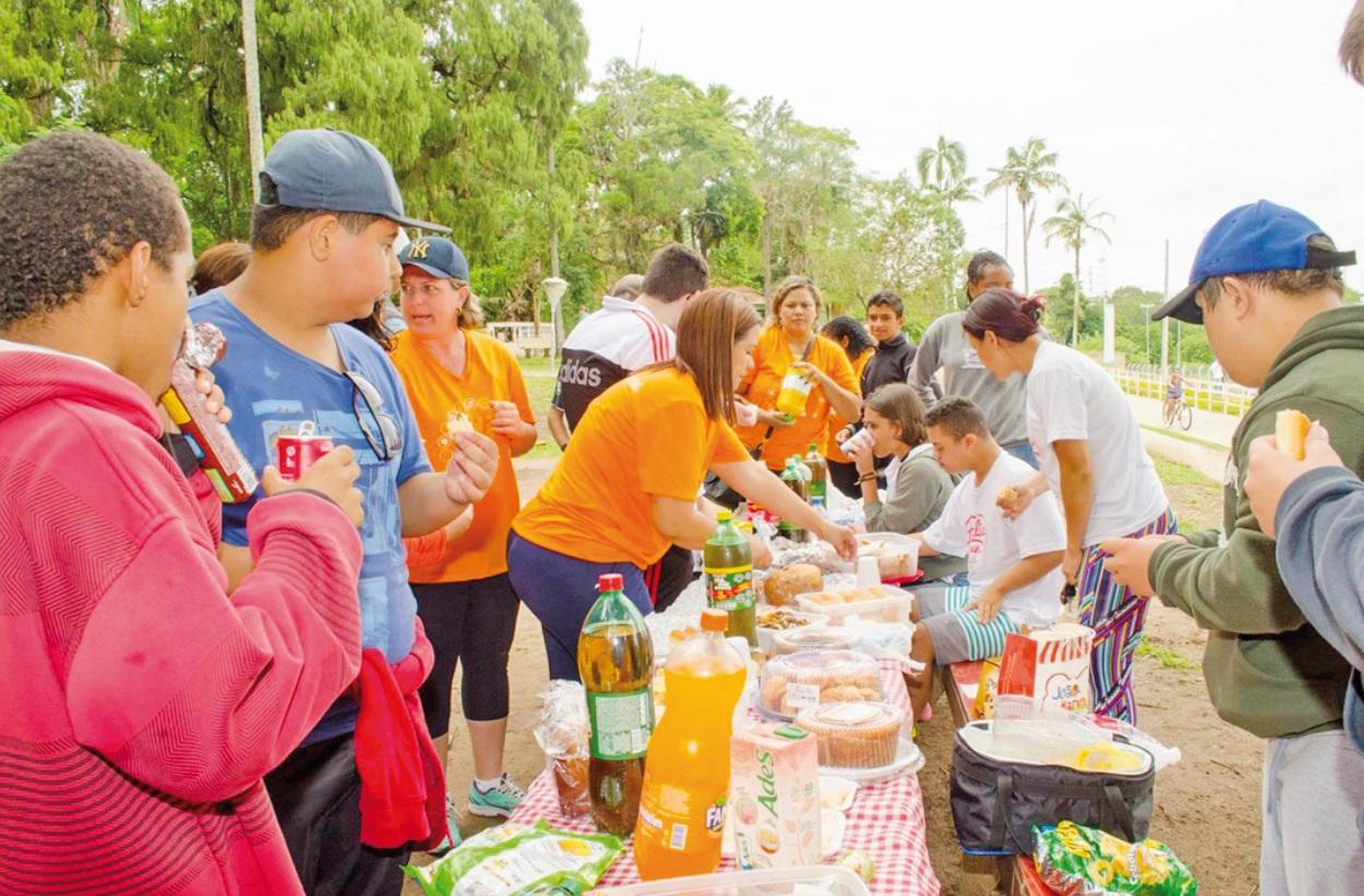 Promover a socialização entre alunos, professores, pais, voluntários e comunidade em geral estava entre os objetivos da ação