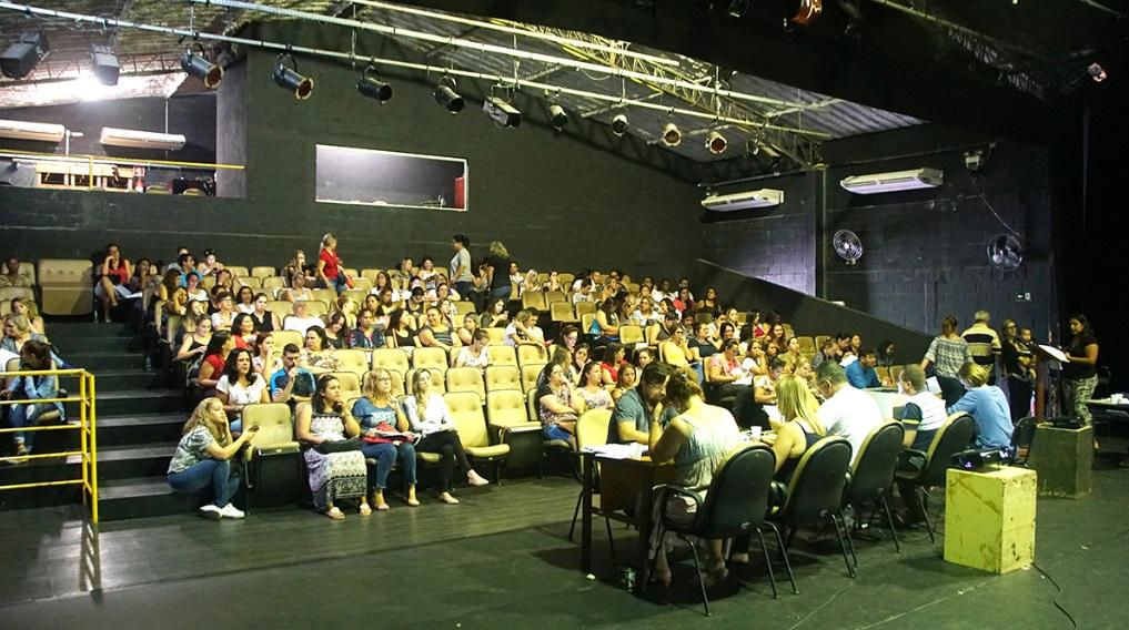 Mais de 950 professores foram atendidos nos dois dias de atividade