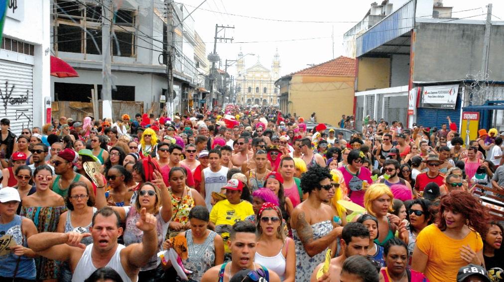 Além dos blocos luizenses, terão atrações carnavalescas da cidade, como o Bloco das Dondocas