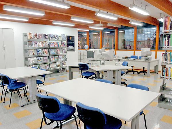 As bibliotecas da rede Senac são abertas à comunidade e totalizam 56 centros de informação em todo o Estado de São Paulo
