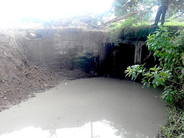 Córrego após a limpeza de vegetação