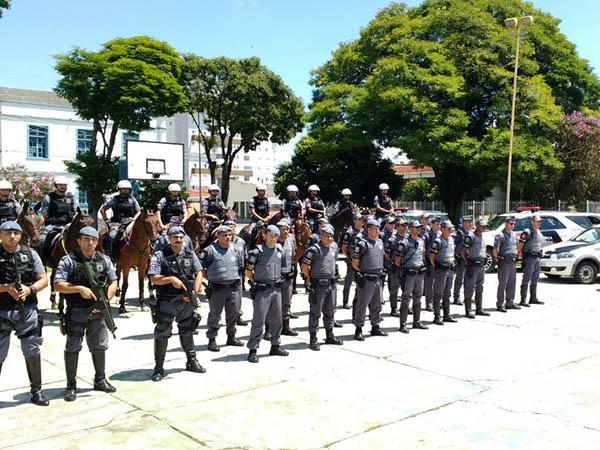 """Ações como a Atividade Delegada e a """"Operação Rochedo"""" (foto) visam reforçar o policiamento e diminuir a criminalidade na cidade"""