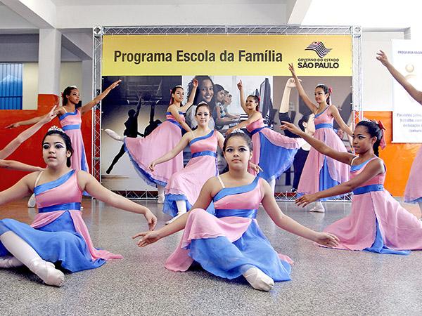 Atividades culturais, esportivas e artísticas fazem parte do Programa Escola da Família
