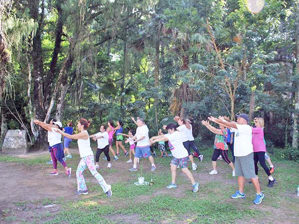 Os alunos aprendem a ter respeito ao próprio corpo e um estilo de vida mais saudável
