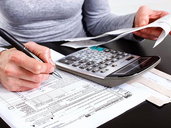 Quem recebeu rendimentos tributáveis em valores superiores a R$ 28.559,70 deve enviar as informações até 30 de abril