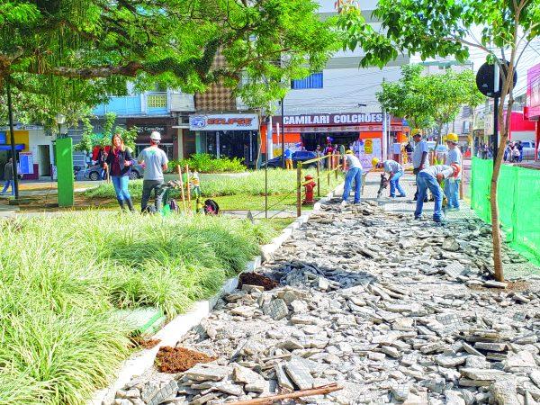 Prefeitura lança obras de revitalização do centro da cidade