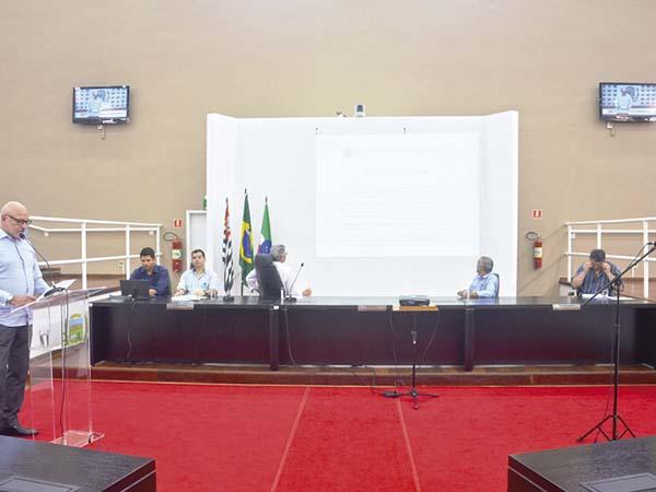Prefeitura apresenta aos vereadores orçamento de R$ 538 milhões para 2020