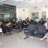 Comerciantes participam de reunião na Acip