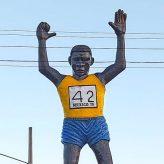 Novo monumento em homenagem a João do Pulo é instalado na entrada de Pinda