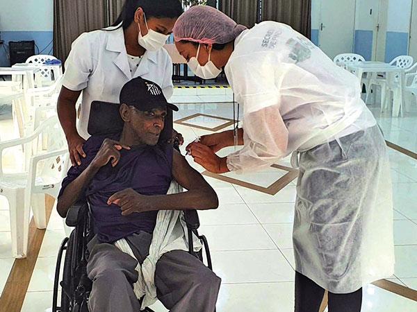 Pindamonhagaba ultrapassa os 1000 vacinados contra covid-19