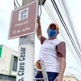 Pinda inicia instalação de novas placas de sinalização turística