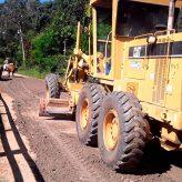 Estrada municipal do Borba recebe serviços de conservação