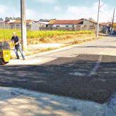 Recomposição do pavimento asfáltico é prioridade  em vários bairros