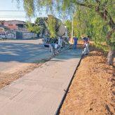 Vale das Acácias e Mantiqueira recebem construção de calçada